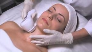 HydraSonic Dermal Cleansing System in action